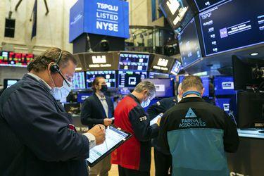 Mercados mundiales cierran con importantes caídas por alza de los bonos del Tesoro de EE.UU.