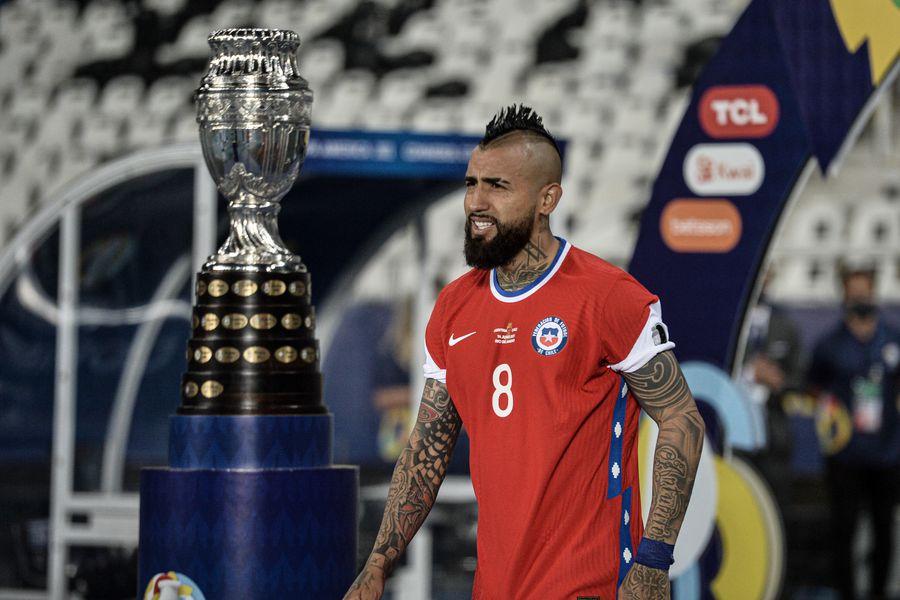 La selecciín chilena jugará ante Bolivia por la Copa América con una camiseta sin el logo de Nike.
