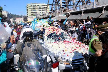 Tras 56 días, familia de Tomás Bravo retira el cuerpo del menor del Servicio Médico Legal ante una multitudinaria despedida