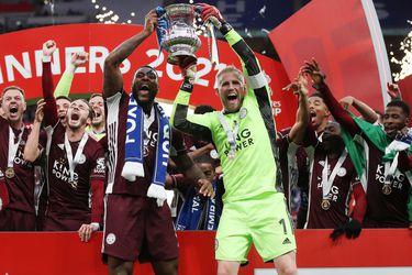 Con Vichai celebrando desde arriba: el Leicester vence al Chelsea y gana su primera FA Cup