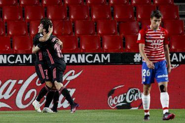 El Real Madrid golea en Granada y sigue al acecho del Atlético, el líder de la liga española