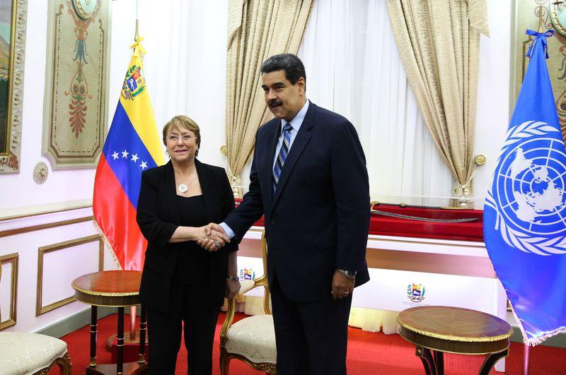 Nicolás Maduro y Michelle Bachelet se reunieron en junio de 2019.