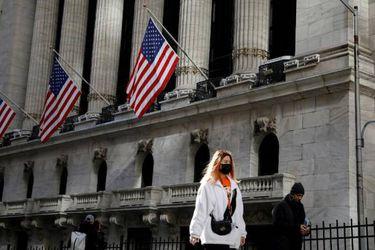 """Estados Unidos recomienda a sus ciudadanos no viajar a Chile por """"muy alto"""" nivel de Covid-19"""