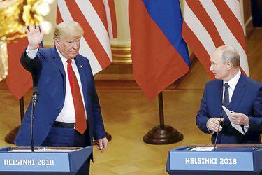 Trump-Putin-summit-in-Helsinki-(42546110)