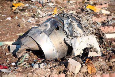 Irán matiza que analizará primero las cajas negras del avión derribado antes de decidir sobre su envío a Ucrania