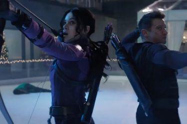 Kate Bishop conoce a Clint Barton en el primer tráiler de la serie de Hawkeye