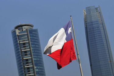 Pese a retiro del 10%, fondos chilenos lideran respecto al PIB entre países con planes individuales