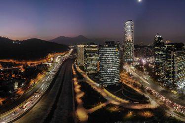 59% de grandes firmas de la RM tiene domicilio en las comunas en cuarentena
