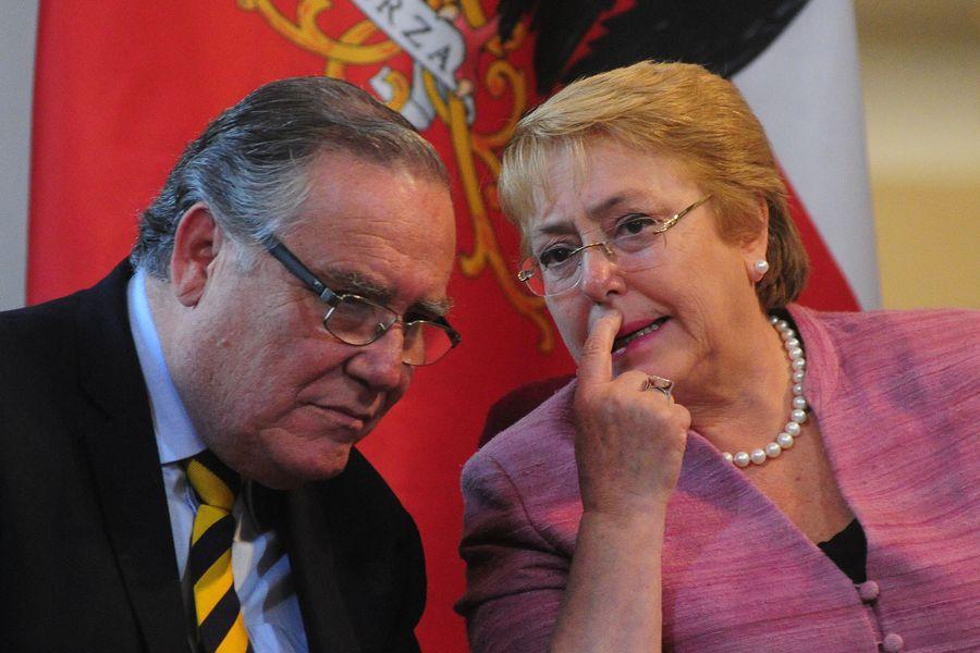La presidenta Michelle Bachelet recibe primera Política Pública De Reinserción Social