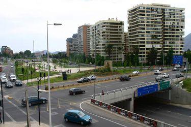 El proyecto de la Amszo busca realizar una autopista desde Av. Estoril hasta Plaza San Enrique. Foto de Archivo.