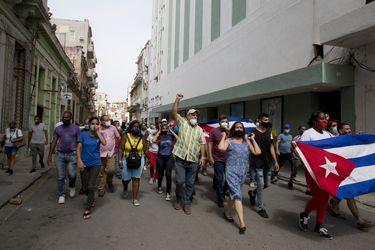 Fiscalía cubana advierte a líderes disidentes prohibiendo manifestaciones convocadas para el 15 de noviembre