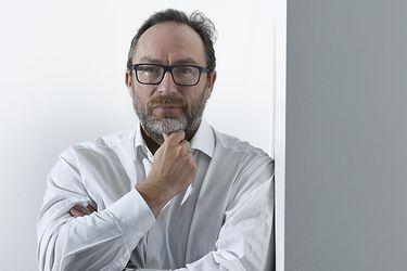 """Jimmy Wales: """"No quieres darles el poder a los gobiernos para que aplasten el disenso llamándolo  fake news"""""""
