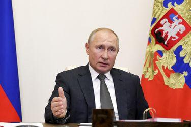 """Putin pide """"poner fin a las hostilidades"""" en Nagorno Karabaj"""