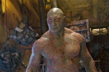 """Dave Bautista siente que Marvel Studios """"barrió bajo la alfombra"""" la historia de Drax y Thanos"""