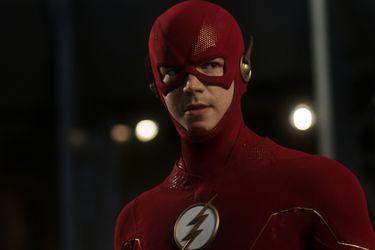 Barry Allen estrenó una nueva versión de su traje en el regreso de The Flash