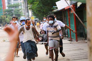 La tensión en Myanmar escala y muertos ascienden a más de 130 desde el golpe de Estado
