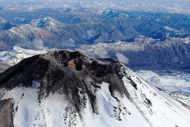 Nevados de Chillán: registran nueva explosión en complejo volcánico