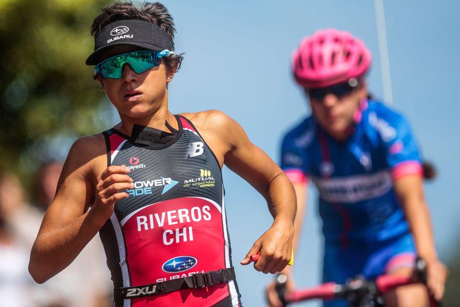 La triatleta chilena Bárbara Riveros, durante su última participación en el Ironman de Pucón. Foto: Luis Sevilla Fajardo.