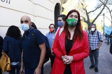 Dudas del Frente Amplio y evitar una señal tardía: Por qué se truncó una declaración unitaria de la oposición tras desmanes del 18-O