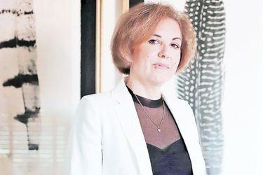 """Stéphanie Alenda: """"José Antonio Kast fue ungido por Chile Vamos"""""""