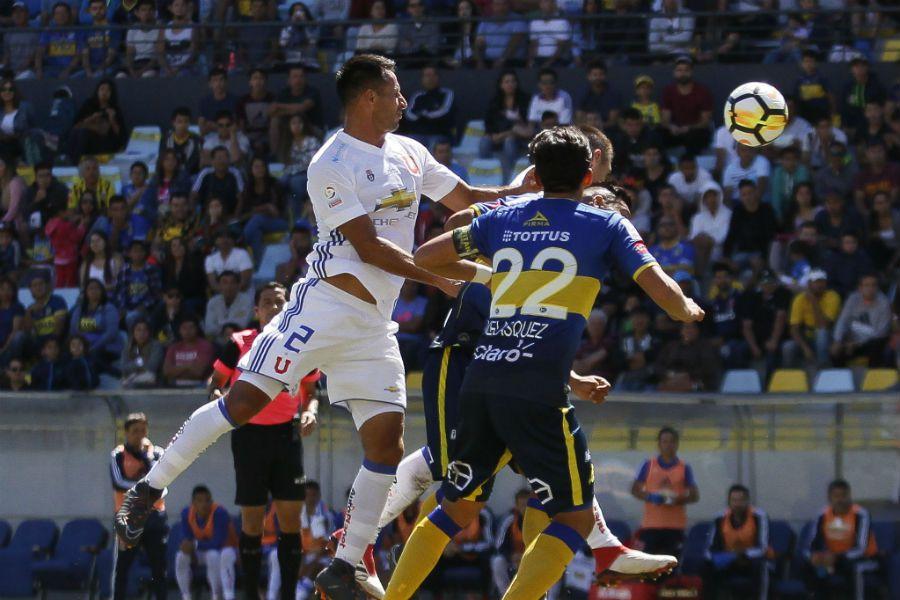 U DE CHILE EVERTON