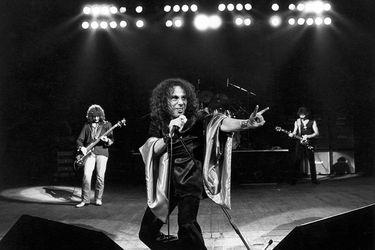 Ronnie James Dio será parte de una gira mundial... como holograma