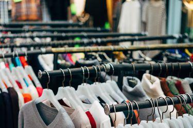"""Estudio indica cómo la tendencia de la """"moda rápida"""" ha ido en contra de la sustentabilidad"""