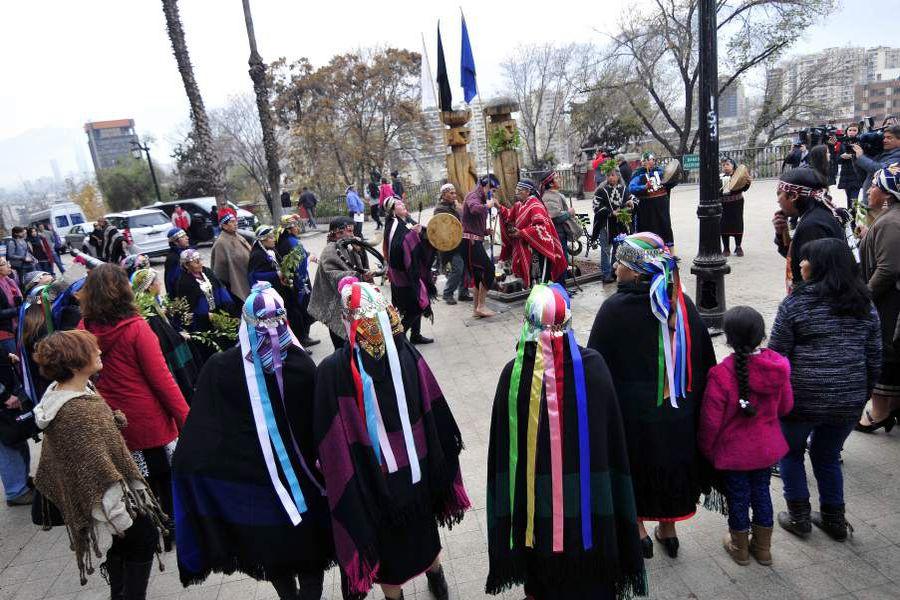 Año nuevo Mapuche en el cerro Santa Lucia