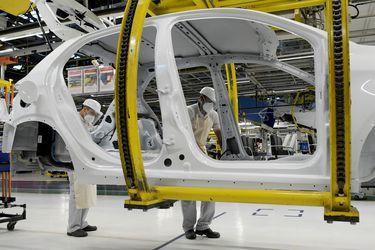 Peugeot y Fiat se fusionan para formar Stellantis, el cuarto grupo automovilístico mundial