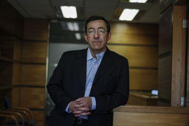 """Ángel Cabrera, economista de Forecast Consultores: """"Un alza en la tasa de interés no impacta en forma directa en el consumo, sino que en la inversión"""""""