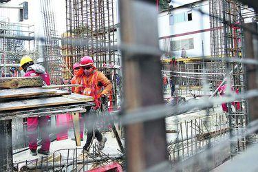 """Empresas en Chile, Perú y Colombia crean """"la mayor plataforma inmobiliaria de la región Andina"""" y preparan apertura en la Bolsa de Santiago"""