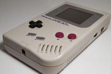 Nintendo regaló una Game Boy original a una anciana enferma que rompió la suya