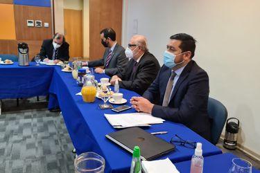 Jorge Abbott encabeza mesa de trabajo para enfrentar la violencia rural junto a fiscales de la Macrozona Sur y pide presencia permanente de policía especializada en dichas regiones