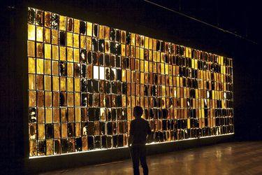 Un panal de abejas a escala humana llega al Bellas Artes