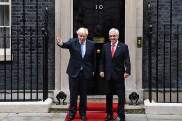 Londres, última escala: Presidente Piñera se reúne con Boris Johnson y asesores de salud de Reino Unido