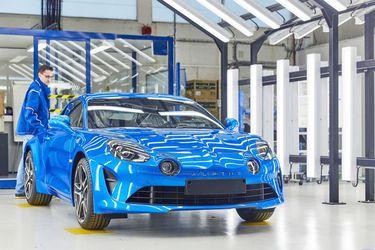 El Alpine A110 y otros cinco modelos peligran ante los cierres de plantas de Renault