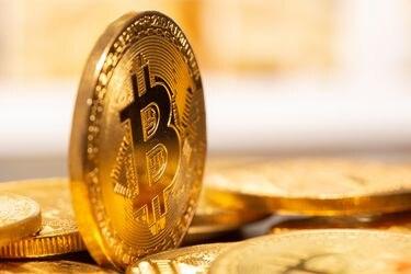 La caída de bitcoin vuelve a sacudir el boom de las criptomonedas