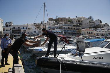 Grecia y España preparan los últimos detalles para captar turistas en medio de la pandemia