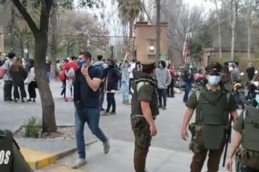 Cerca de 10 mil personas llegan a evento no autorizado en Parque Padre Hurtado: carabineros desaloja el recinto