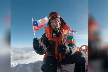 "Homenajean a Juan Pablo Mohr en la cima del Everest: ""Tu espíritu estuvo conmigo"""