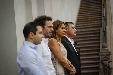 """""""Golpe blanco"""" y """"enrarecer el ambiente"""": Timoneles de  Chile Vamos critican propuesta del FRVS de adelantar elecciones y de declarar la inhabilidad de Piñera"""