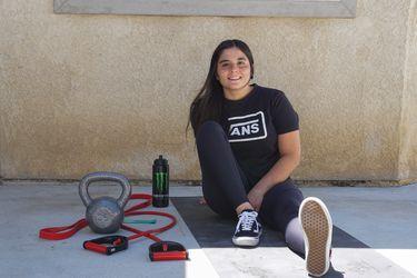 """Macarena Pérez, ciclista de BMX: """"Vi una vaca jugando con una pelota y dije: 'sí, tienen sentimientos'; me hice vegana"""""""