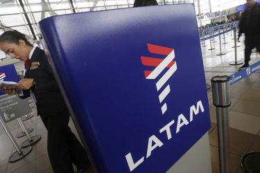 Cambio logo de LAN a LATAM