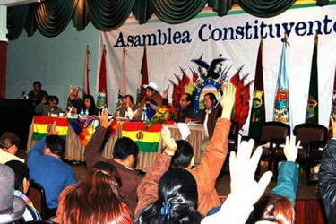 Protestas, huelgas de hambre y cuatro muertos: cómo fue el debate por los 2/3 en el proceso constituyente de Bolivia