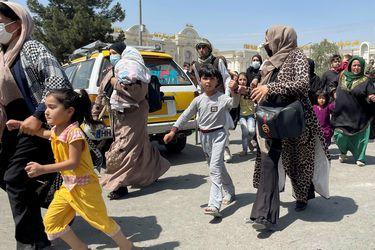 """Régimen Talibán reemplaza Ministerio de la Mujer por uno """"para el fomento de la virtud y la prevención del vicio"""""""