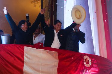 Columna de Carlos Meléndez: Aire fresco; política turbia
