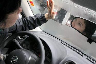 La humedad y el frío, los enemigos: mira cómo desempañar las ventanas de tu auto de forma rápida