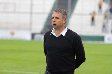 """Gustavo Álvarez, ex DT de Amor: """"Un jugador muy disciplinado, con voz de mando dentro de la cancha"""""""