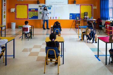 ¿Feliz día del profesor? El 92% reconoce que la pandemia dañó su salud mental y 56% que no le acomoda el formato híbrido