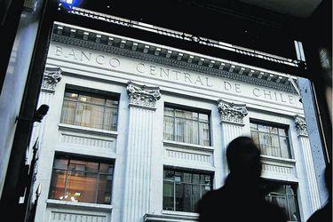 Los bonos del Banco Central en UF (BCU) a 7 y 10 años están en nuevos mínimos históricos.